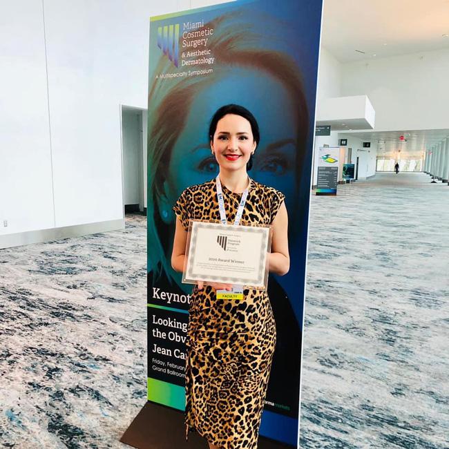 Dr. Yula Indeyeva winning award